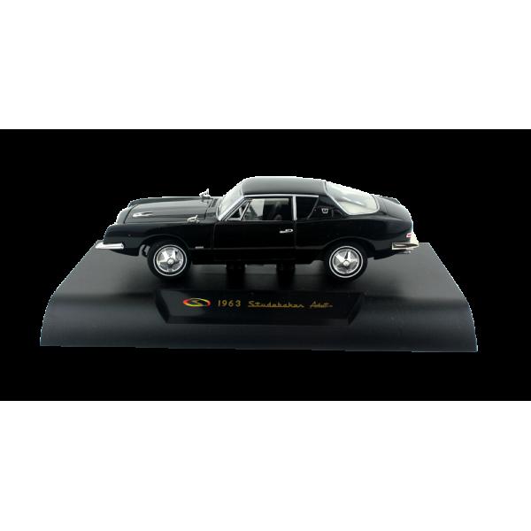 Avanti Model - Black