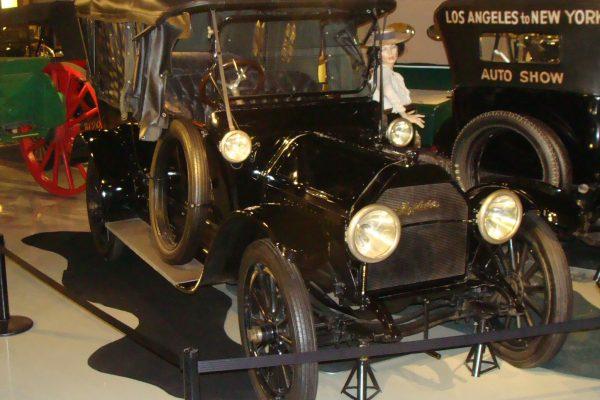 1913 E6 Touring Car