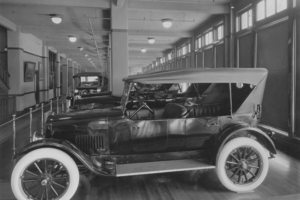 1920 Light Six