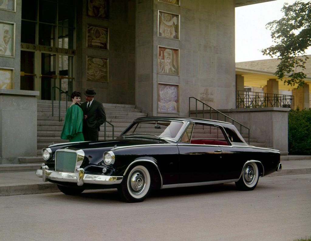 1962 Gran Turismo Hawk