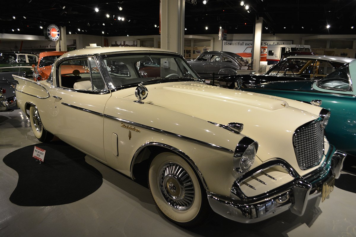 1957 Golden Hawk 400